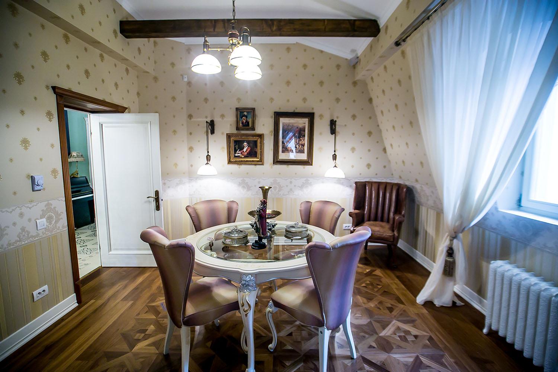 Showroom-ul Galeriile Noblesse s-a mutat in casa noua cu istorie veche