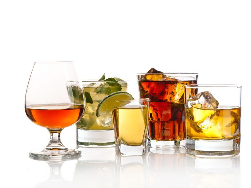 STUDIU: Iubirea şi alcoolul au aceleaşi efecte asupra creierului