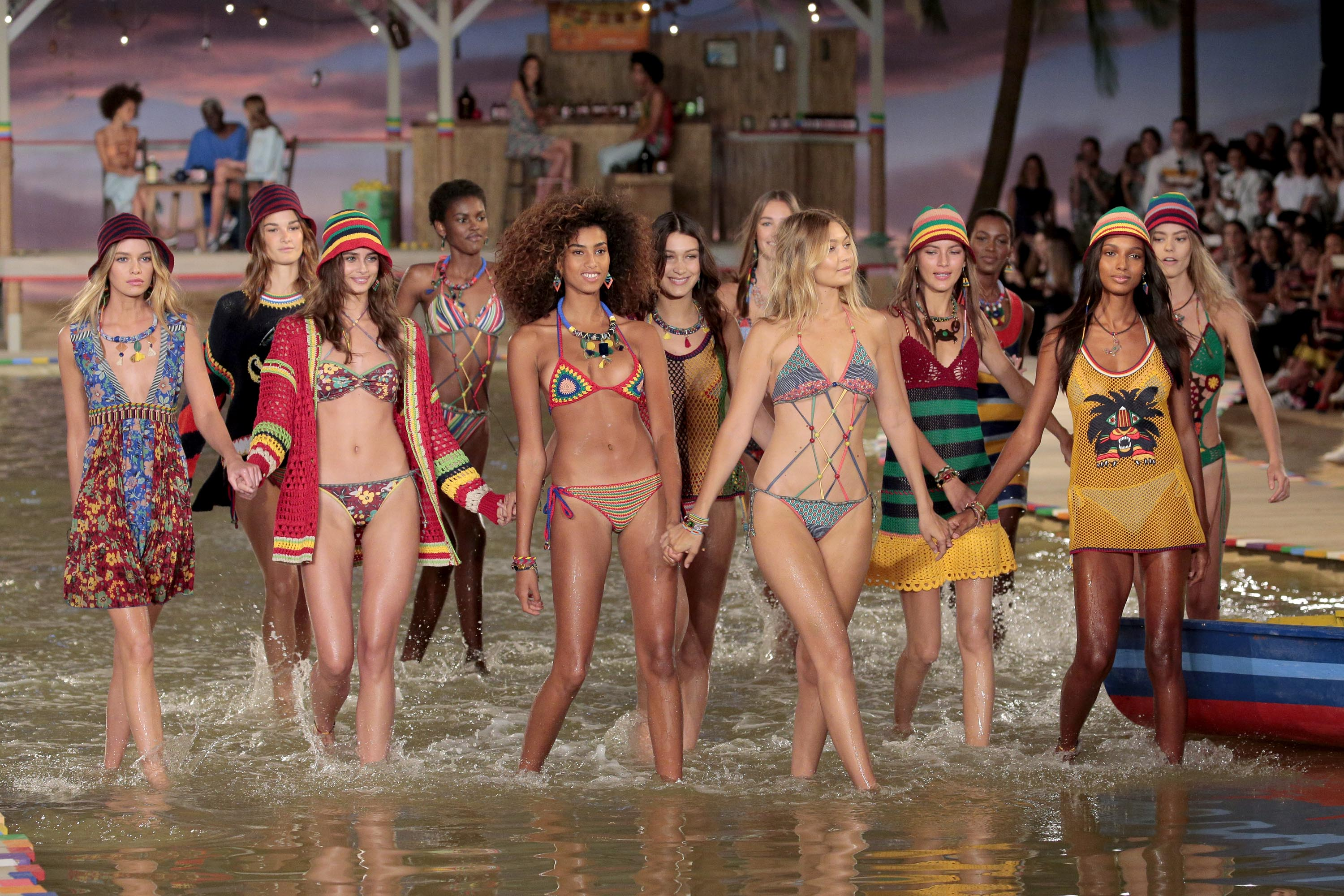 Tommy Hilfiger Spring 2016 Collection @New York Fashion Week