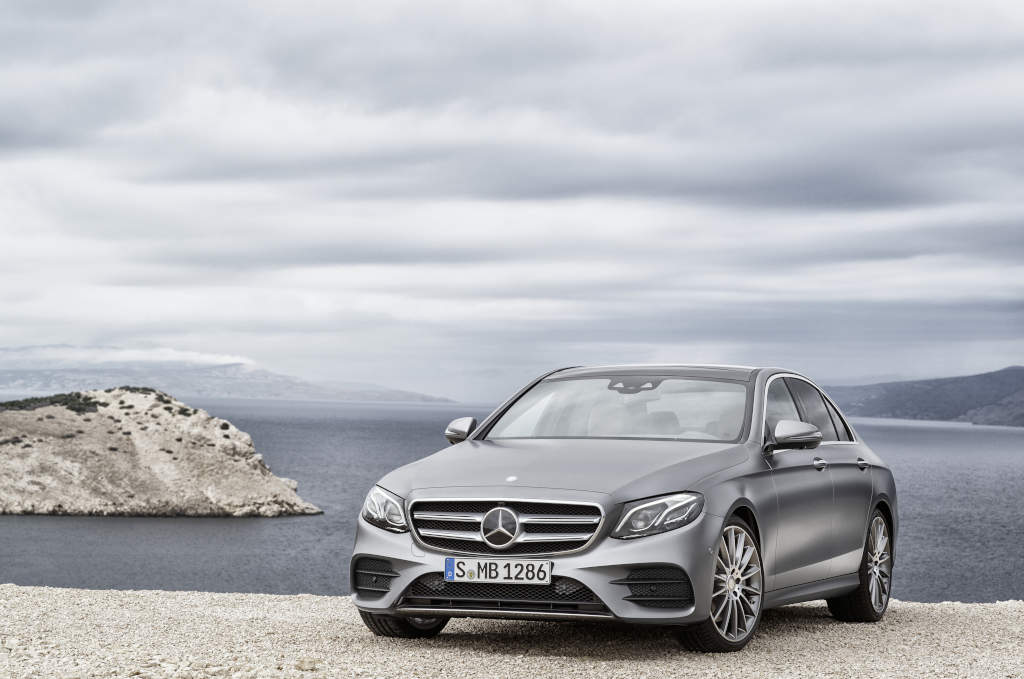 Mercedes-Benz lanseaza noua Clasa E