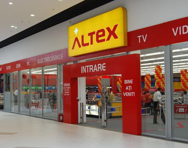 Altex lanseaza maine o noua campanie online