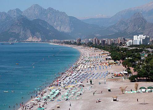 In luna februarie, Paralela 45 ofera discounturi de pana la 50% la charterele catre Antalya