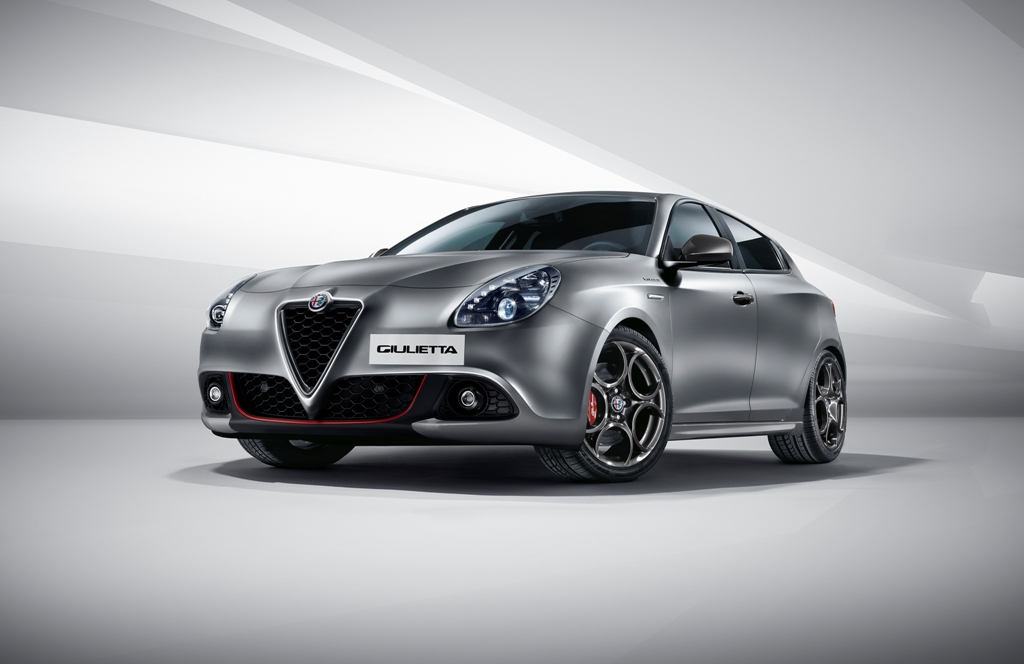 Noul pick-up Fiat și Noua Alfa Romeo Giulietta, în premieră la Salonul Auto Moto
