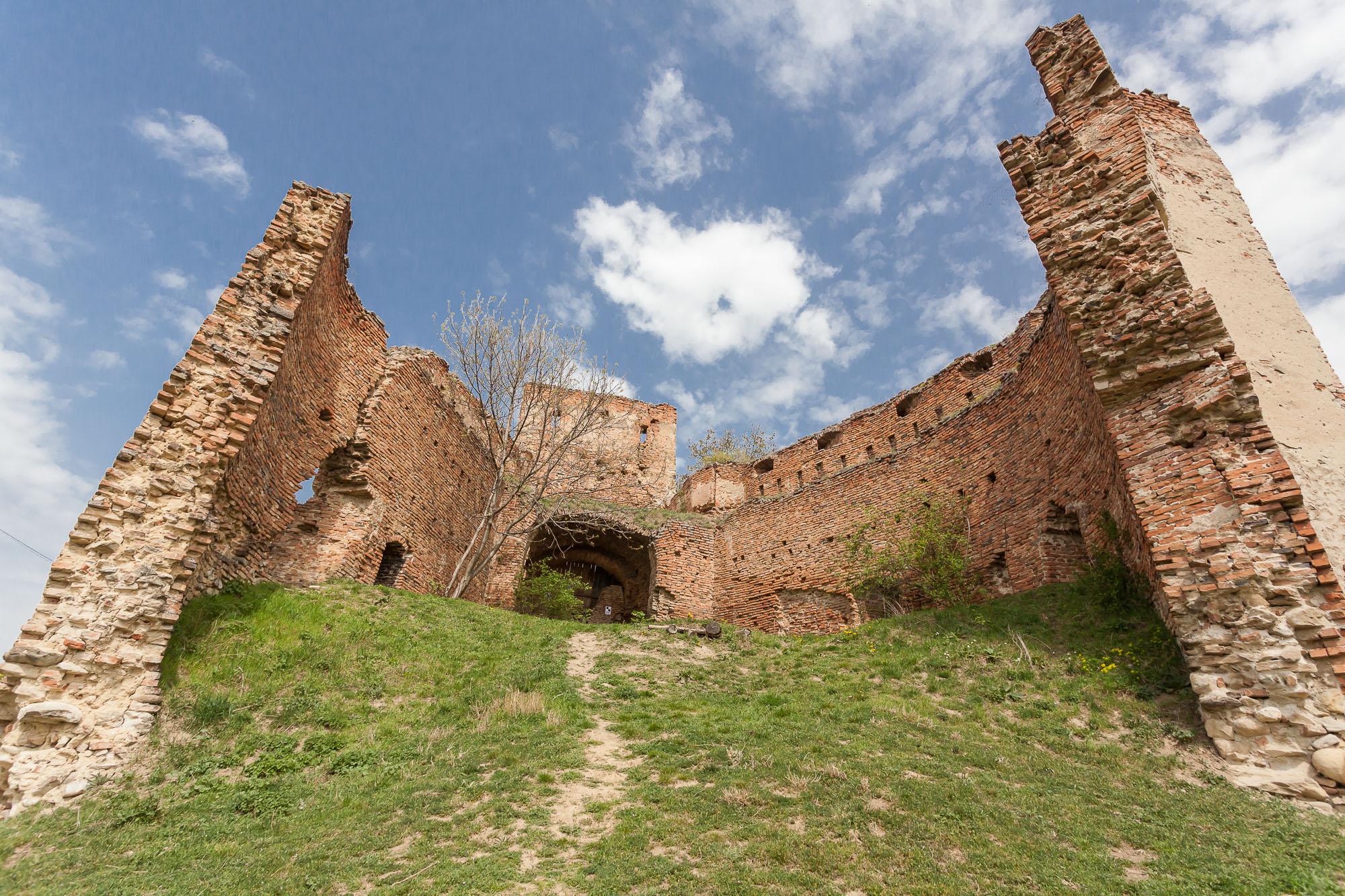 Vizitează cetățile medievale cu aplicația Drumul Cetăților