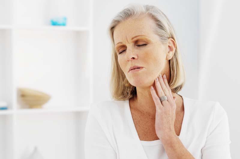 Când operăm tiroida și care sunt riscurile acestei intervenții