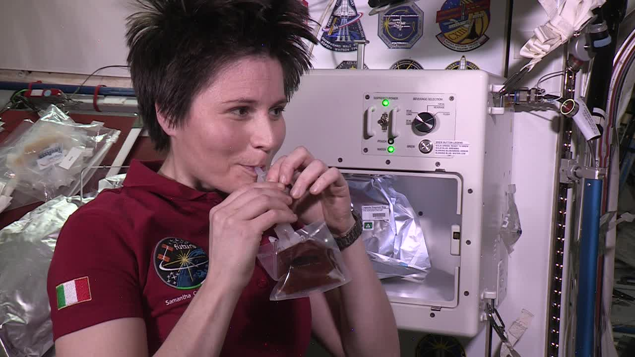 Un an de la primul espresso băut vreodată în spațiu