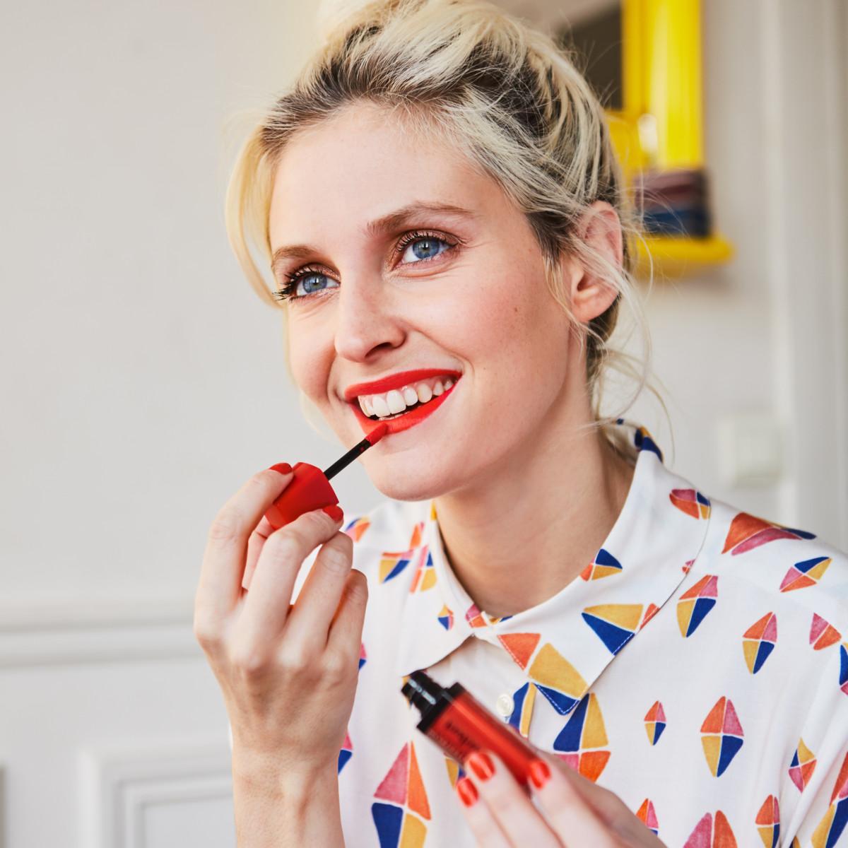 Colecția Poppy chic de la Bourjois – look-ul parizian de primăvară inspirat de Elise Chalmin