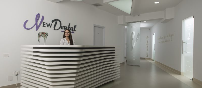 Clinica New Dental București prezintă beneficiile implantului dentar