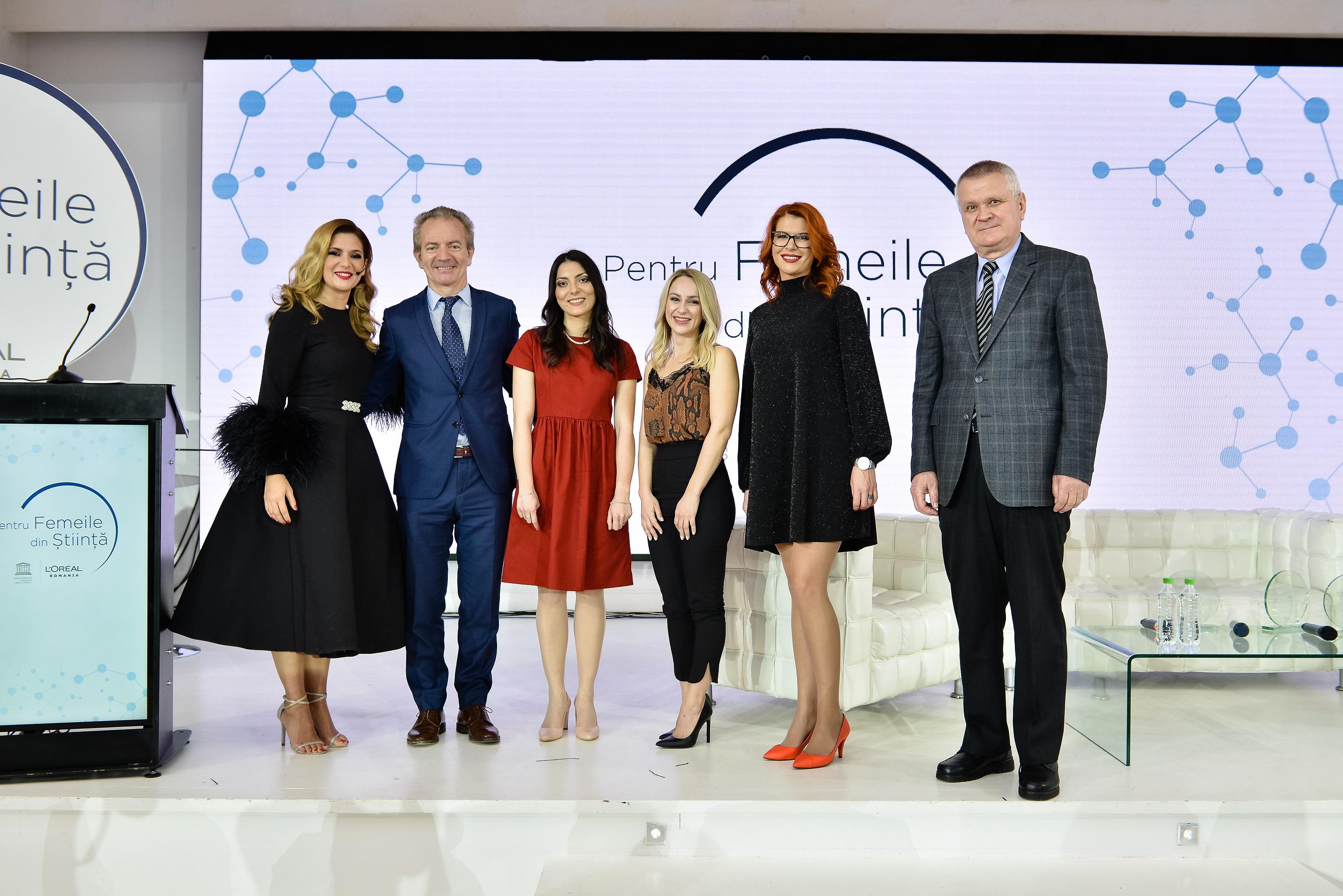 """Cine sunt româncele care au fost premiate la Gala """"Pentru Femeile din Știință"""""""