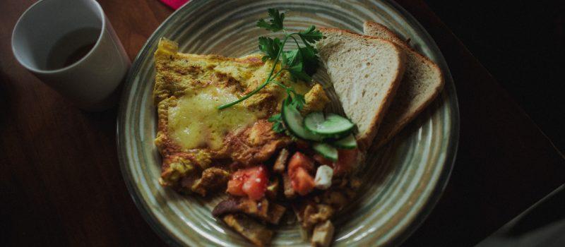 Late media breakfast de la Boulevard Cafe Tineretului