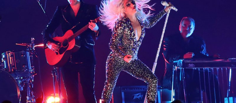 Lady Gaga si Kacey, printre marii castigatori de la premiile Grammy