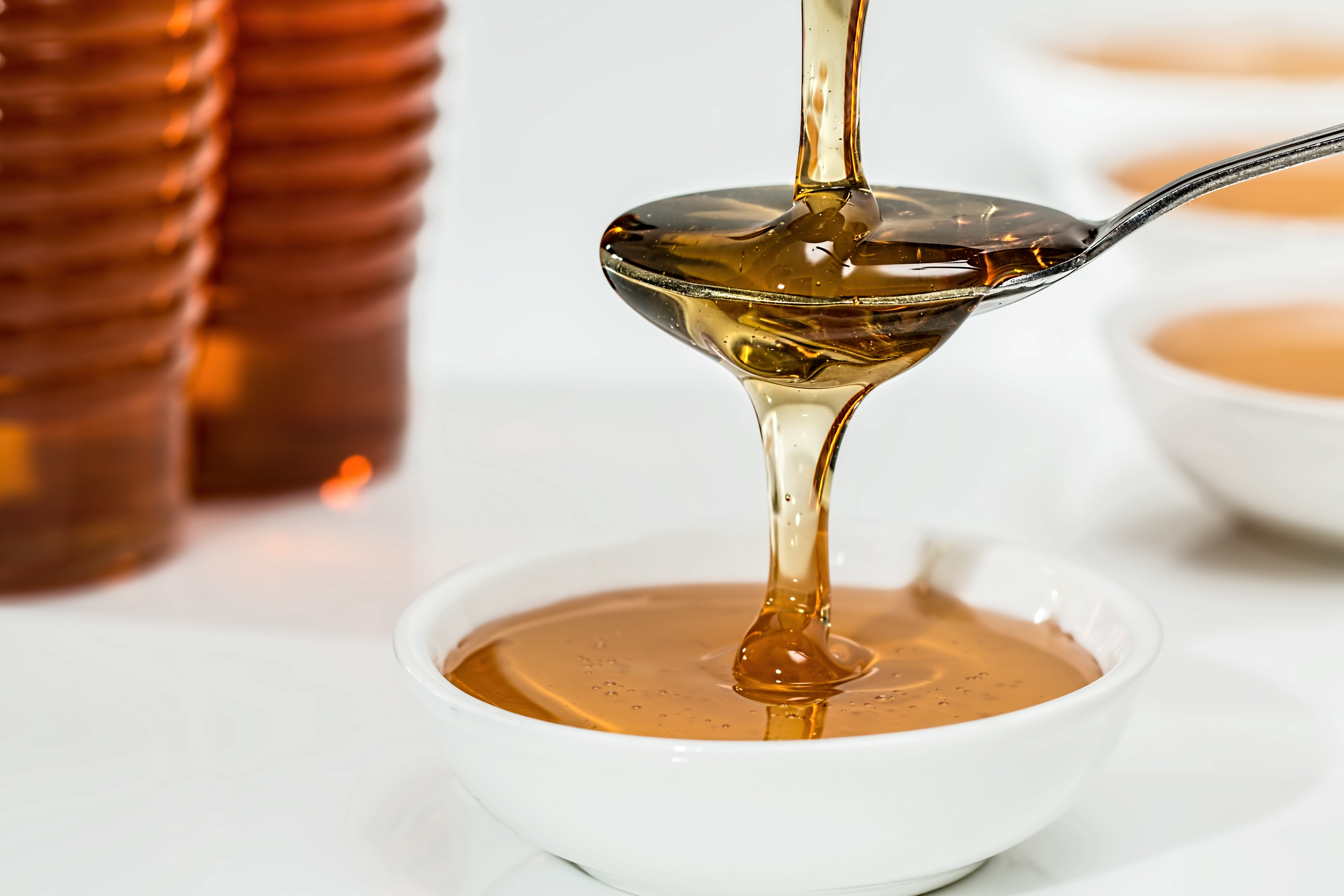 Mierea si mango-ul echilibreaza nivelul de apa din firul de par!