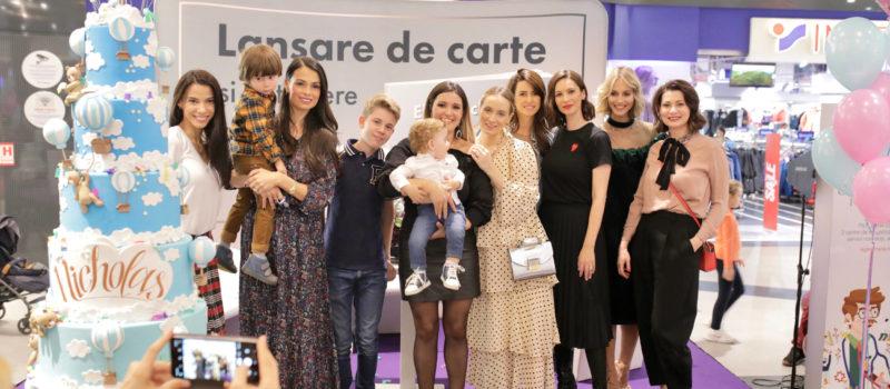 Mămicile celebre din showbiz au susținut-o pe Ela Crăciun la lansarea noii sale cărți, 12 luni fără griji