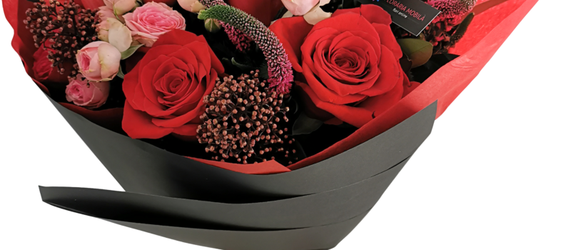 Descopera colectia #spreadthelove FlorariaMobila.ro